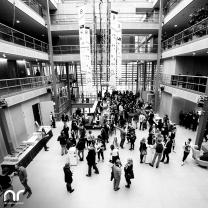 Beim 8. Empfang der Filmhochschulen in der NRW-Landesvertretung herrscht reges Kommen und Gehen.